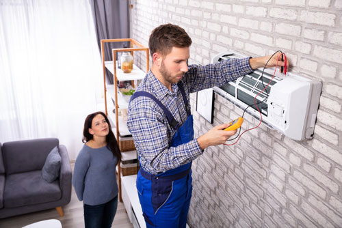 3 Reasons to Hire a Professional for A/C Repair in Florida